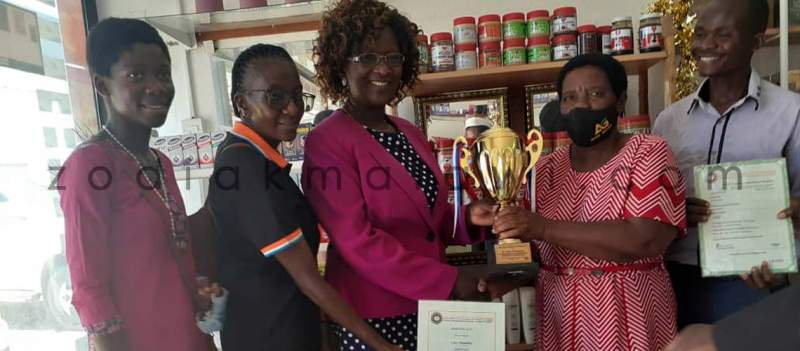 LL-Based Nurse Gets First NASME Motivation Award in Honey Processing