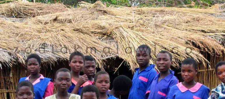 School in Malawi: Girls facing challenges