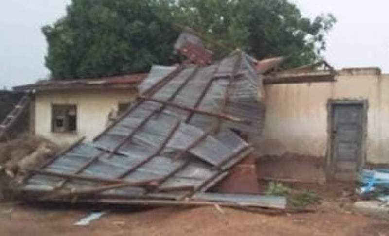 Cyclone Idai damaged houses in some parts of the country